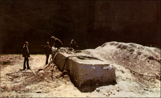 Dragged Mass, 1971 by Michael Heizer